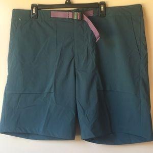 NWT NIKE SB Men's Flex Dark Green Shorts Sz 38
